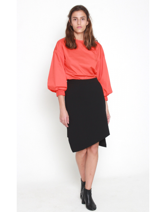 ASYMMETRIC CREPE SKIRT